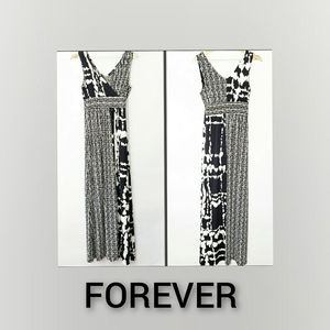 Forever maxi Dress black and white size Small